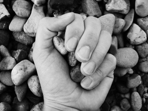 Stones-in-Hand-Hugo-Photography